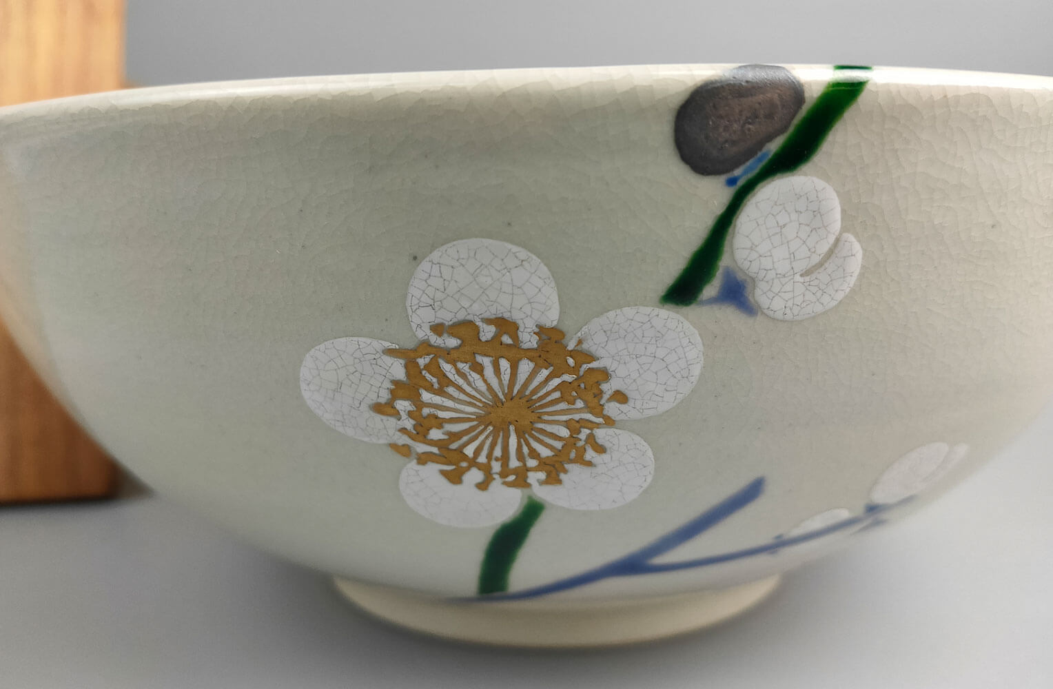 楠部彌弌(くすべやいち) 白梅菓子器 商品アップ