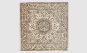 ペルシャ絨毯 ナイン産