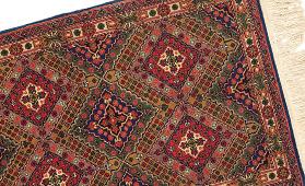 タブリーズ産 ペルシャ絨毯