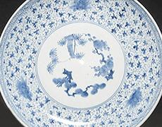 伊万里焼 花唐草文の大皿