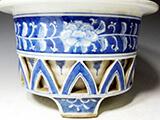 透かし花文蘭鉢
