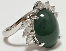 天然翡翠 ダイヤモンドリング