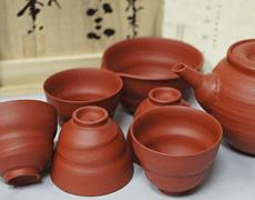 三代山田常山常滑焼 朱泥茶器(急須・湯呑・湯冷)