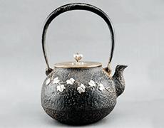 金寿堂鉄瓶 銀象嵌 銀摘