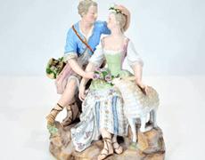 マイセン フィギュリン「男女と羊」