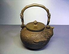 亀文堂 金銀象嵌 鉄瓶