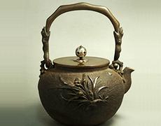 亀文堂 蘭地紋金銀象嵌 鉄瓶