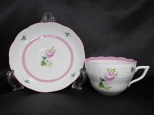ヘレンド ウィーンのバラ ピンク カップ&ソーサー