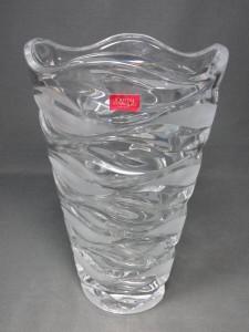 クリスタルダルクの花瓶