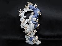 フィギュリン 天使たちと聖母マリア