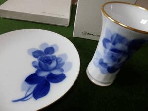 大倉陶園 ブルーローズ 花瓶とプレート
